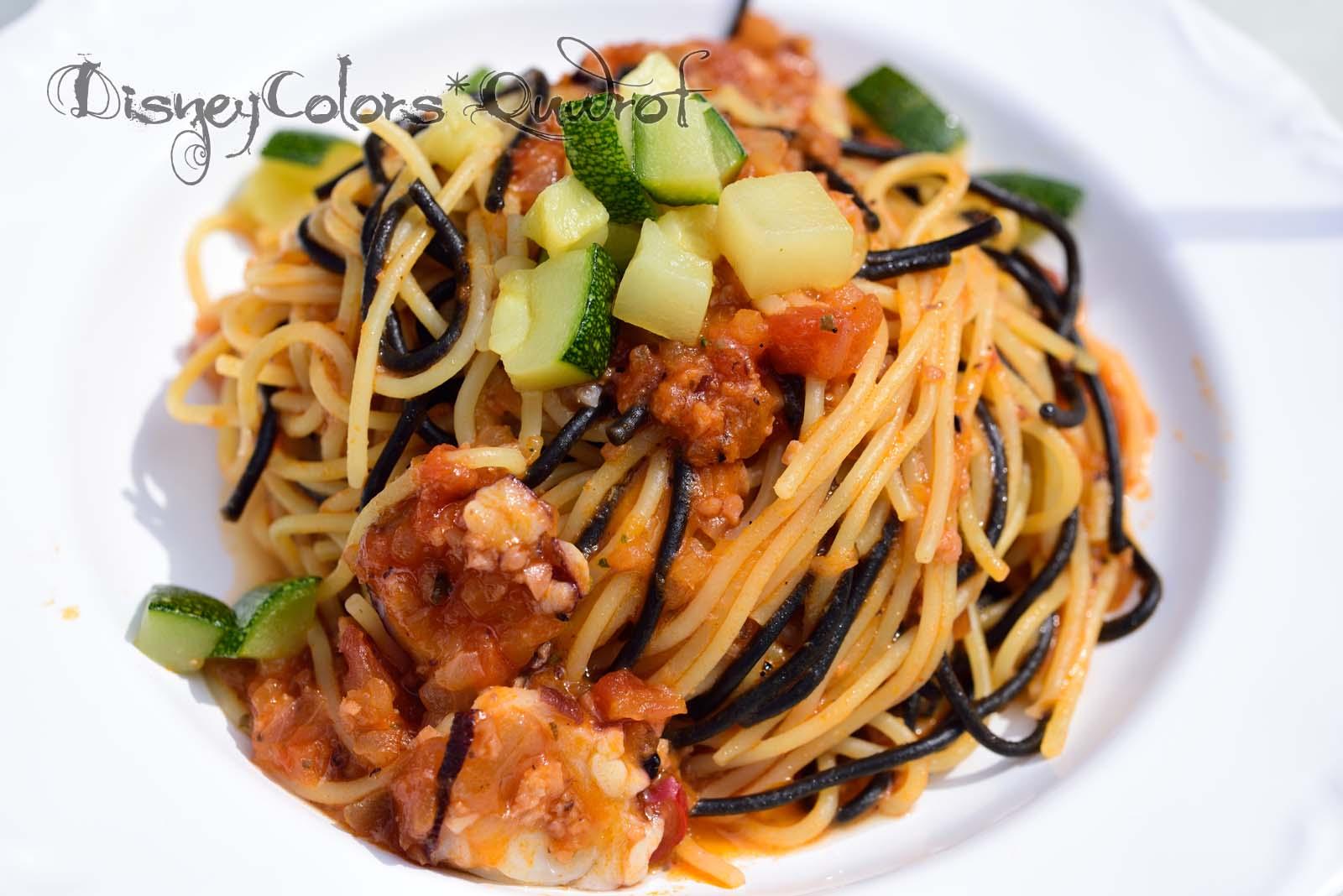 ザンビーニ・ブラザーズ・リストランテ スパゲッティ、タコとズッキーニのトマトソース