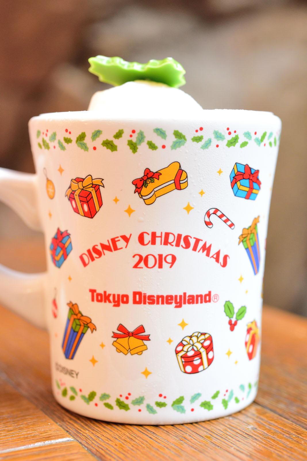 東京ディズニーランド ディズニー・クリスマス2019 ストロベリーデザート、スーベニアカップ付き