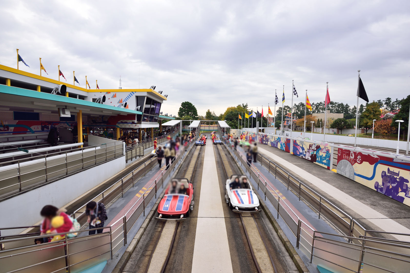 東京ディズニーランド グランドサーキット・レースウェイ