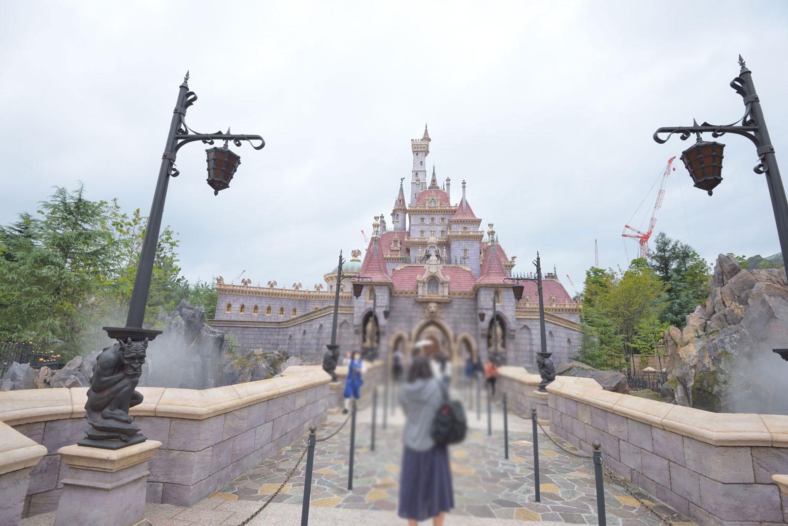"""東京ディズニーランド 新エリア 美女と野獣""""魔法のものがたり"""""""